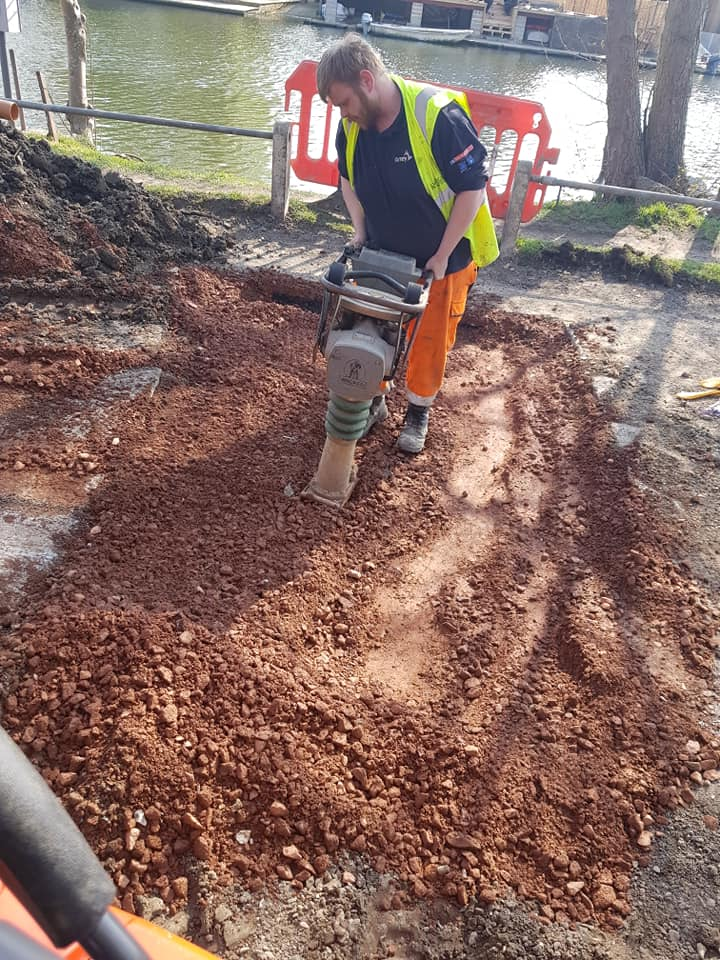 Specialist Drainage Services at excellent prices